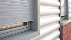 کرکره محافظ از پنجره